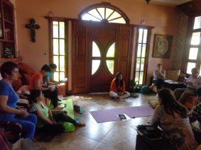 Taller en casa de la Familia Loaiza (Guayaquil)